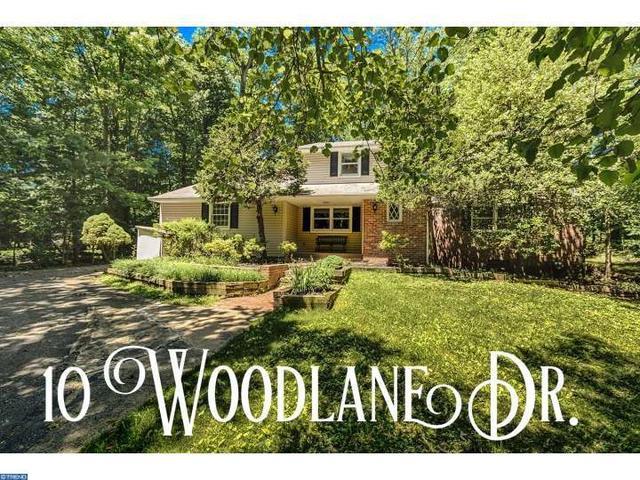 10 Woodlane Dr Moorestown, NJ 08057