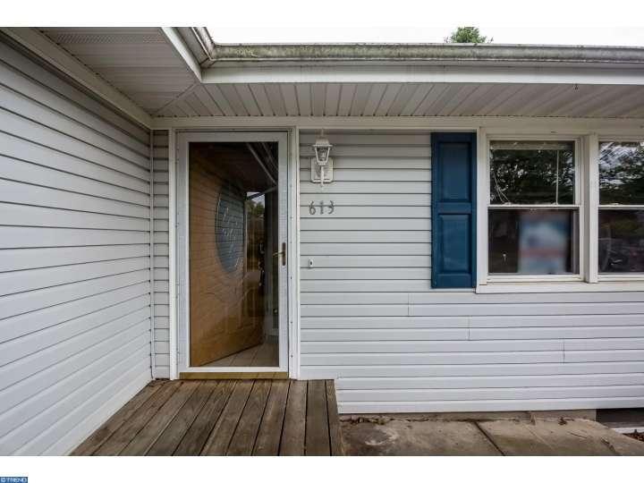 613 Mizzen Avenue, Beachwood, NJ 08722