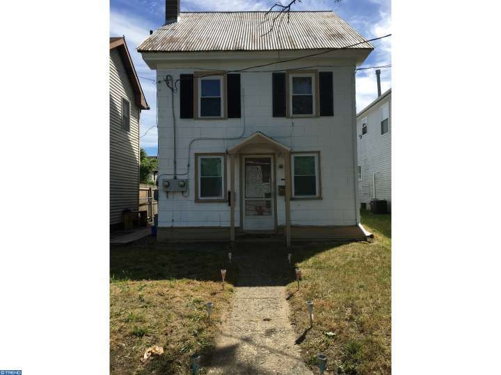 321 S 2nd St, Millville, NJ 08332