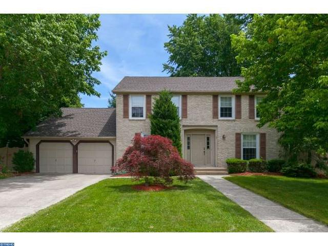 5 Lynford Ct, Cherry Hill, NJ 08003