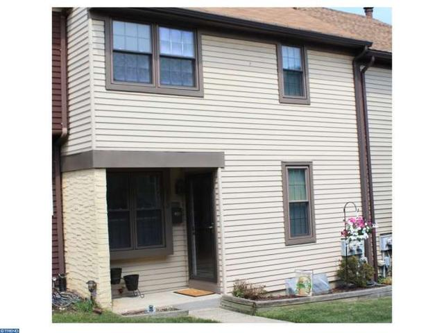 102 Hopkins Ct North Wales, PA 19454