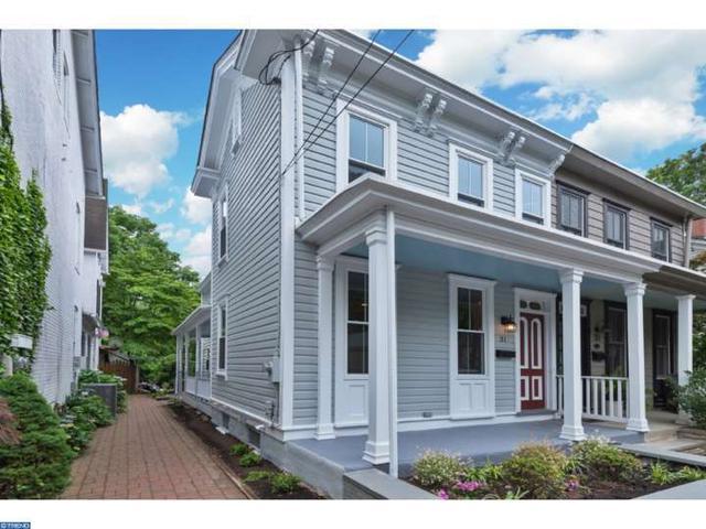 31 Clinton St Lambertville, NJ 08530