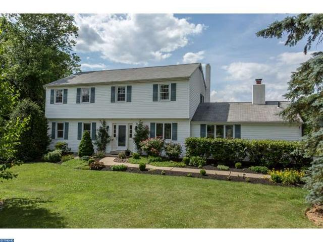 608 Londonderry Dr West Chester, PA 19382