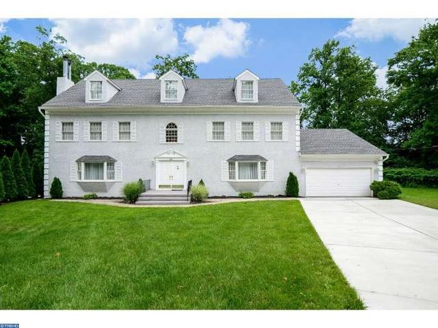 22 Gregory Ct Cherry Hill, NJ 08034