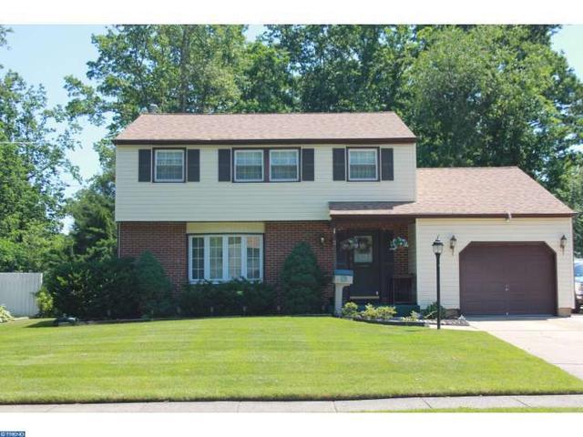 23 Indian Birch Rd Blackwood, NJ 08012