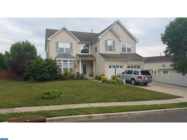 53 Raintree Drive, Sicklerville, NJ 08081