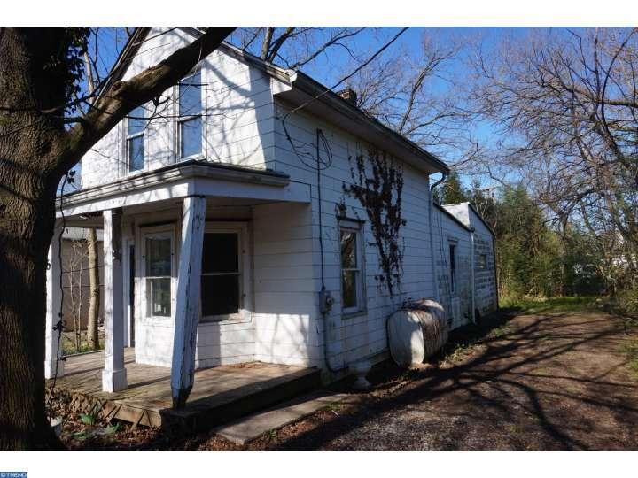 6 S Lantern Lane, Cherry Hill, NJ 08034