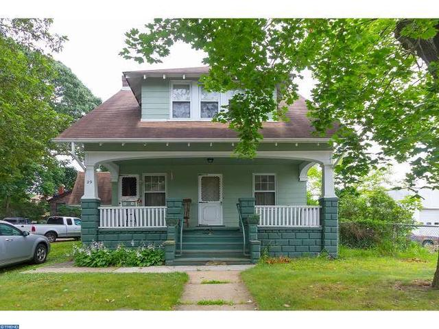 29 E Woodland Ave, Pitman, NJ 08071