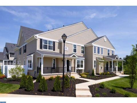 2004 Lexington Mews, Woolwich Township, NJ 08085