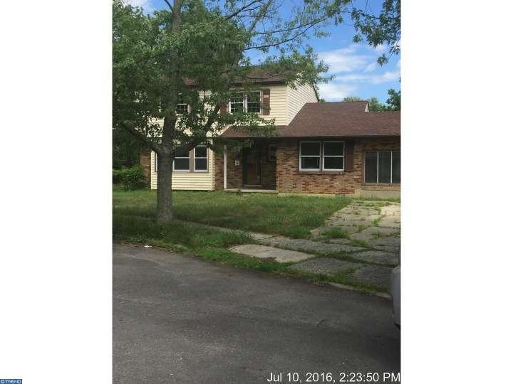 523 Carver Ct, Lawnside, NJ 08045
