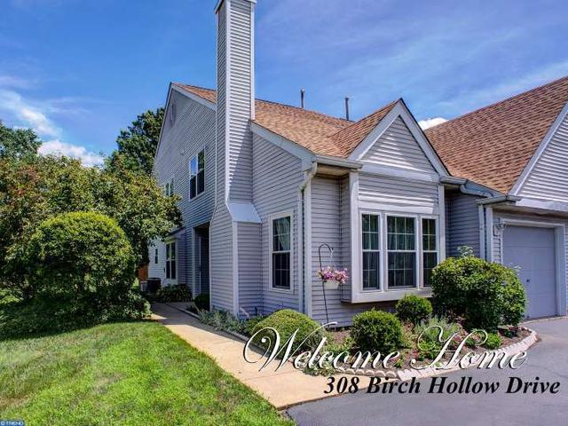 308 Birch Hollow Dr, Bordentown, NJ 08505