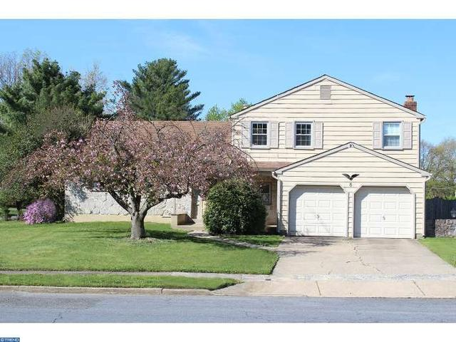8 Sandringham Pl, Cherry Hill, NJ 08003