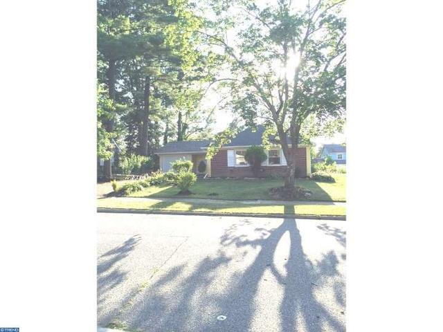 51 Petunia Ln, Willingboro, NJ 08046