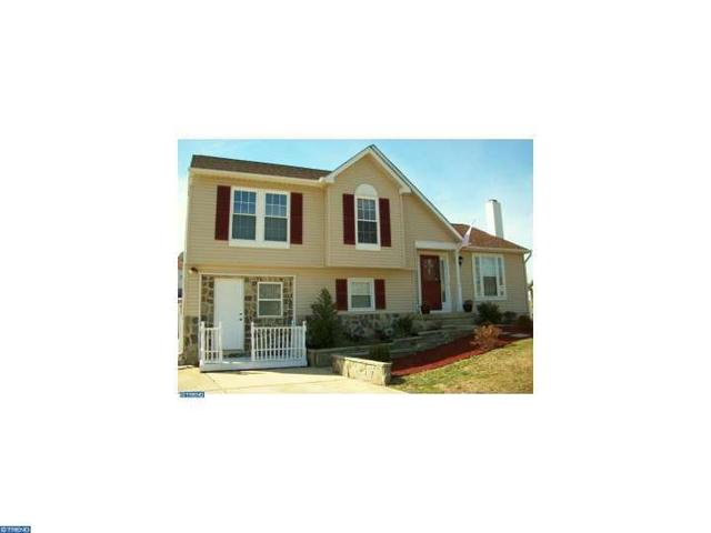 4 Hayslope Ct, Glassboro, NJ 08028