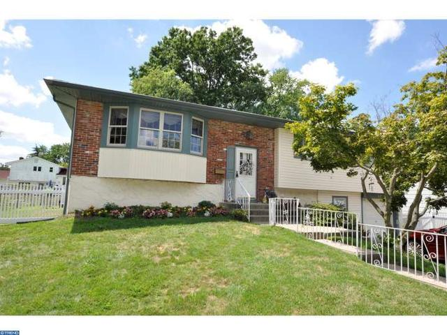 28 Wagon Ln, Cherry Hill, NJ 08002