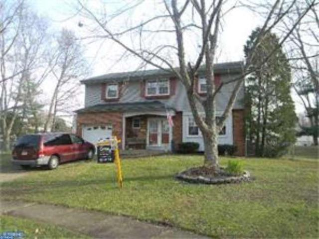 152 Central Ct, Woodbury Heights, NJ 08097