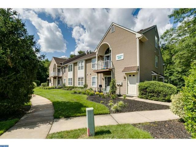 406 Harwood Ct ## b, Mount Laurel, NJ 08054
