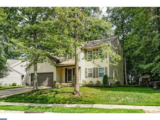 11 Maplewood Ln, Mantua, NJ 08051