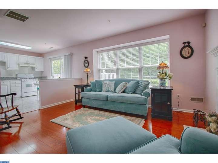 803 Tanglewood Drive, Sicklerville, NJ 08081