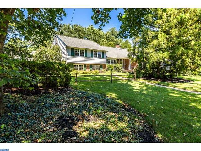 227 Winding Way, Moorestown, NJ 08057