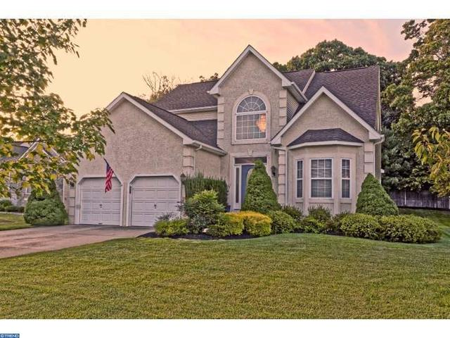 11 Merganser Ct, Glassboro, NJ 08028