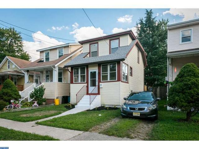 829 Engard Ave, Pennsauken, NJ 08110
