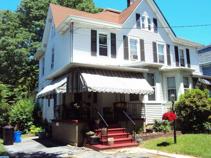31 W Chestnut Avenue, Merchantville, NJ 08109