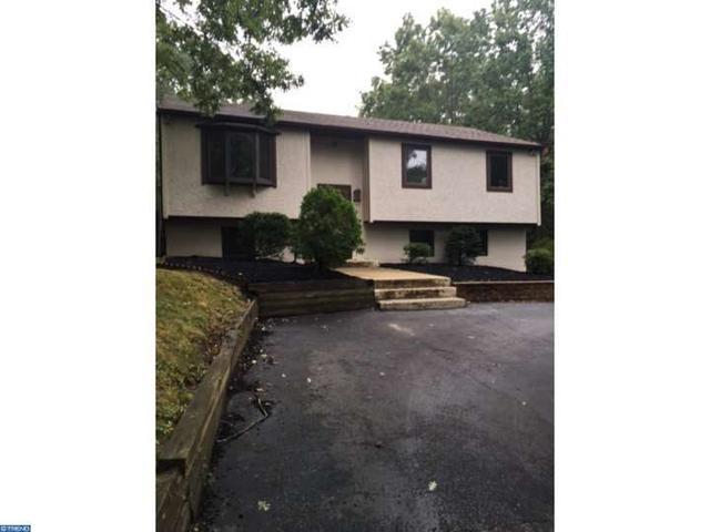1296 Little Mill Rd, Sicklerville, NJ 08081
