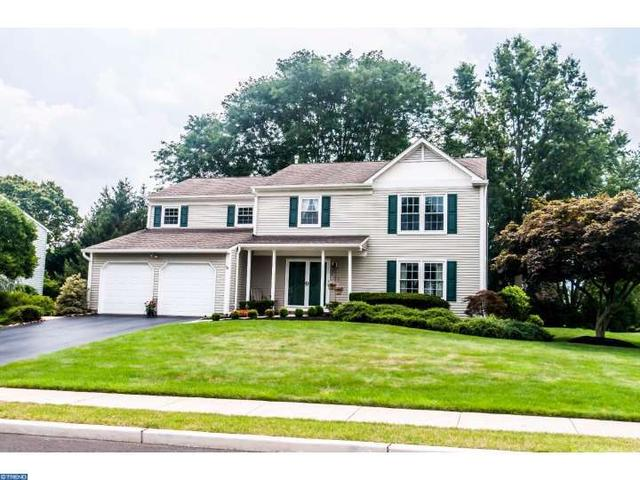 8 Titus Ln, Plainsboro, NJ 08536