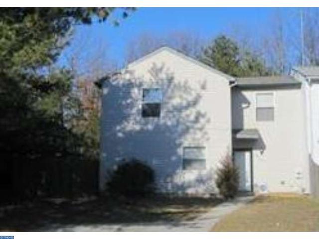 215 Hampshire Rd, Sicklerville, NJ 08081