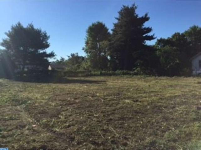 312 Delsea Dr, Sewell, NJ 08080