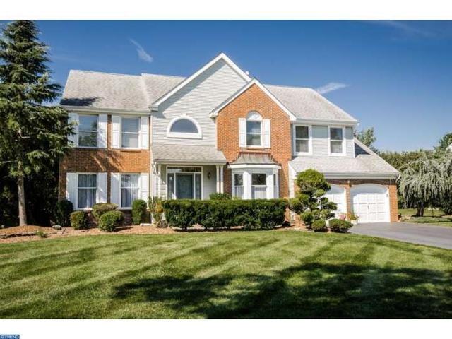 92 Saratoga Dr, West Windsor, NJ 08550