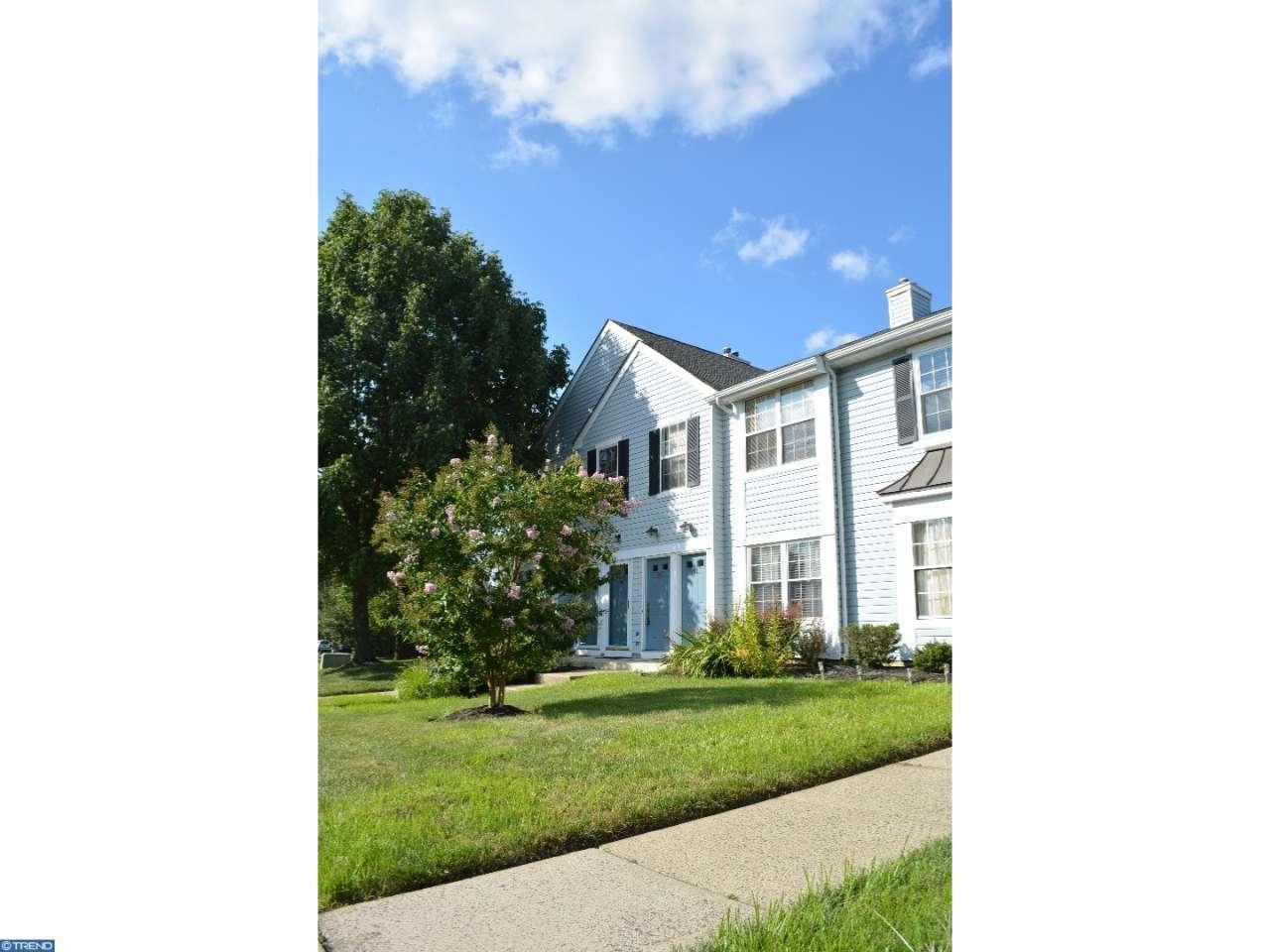 904 Lindsley Court, Burlington, NJ 08016