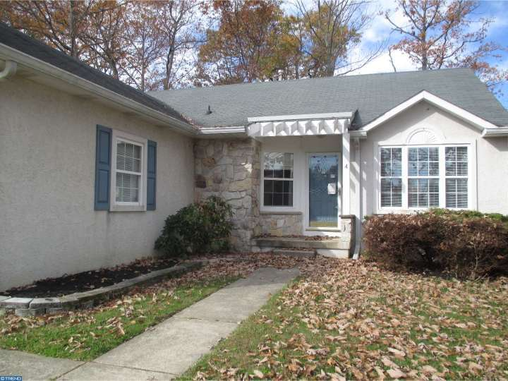 4 Frosty Hollow Court, Sicklerville, NJ 08081