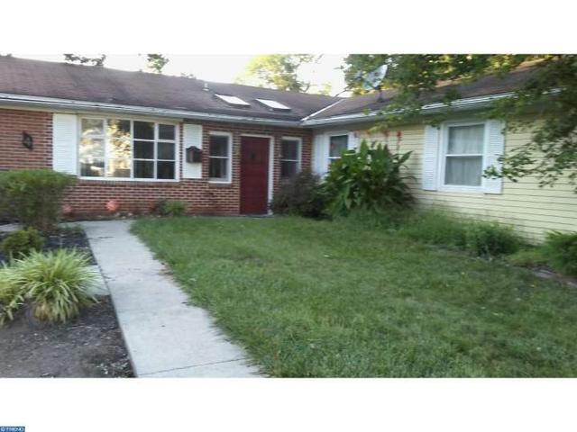 4 Trebing Ln, Willingboro, NJ 08046