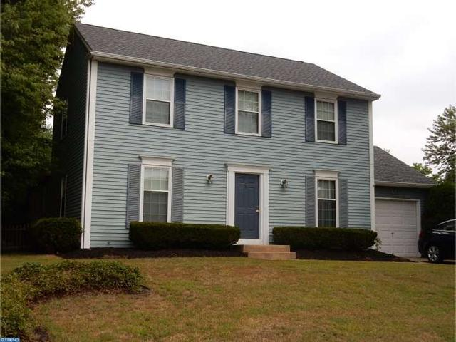 6 Brandon Ct, Sicklerville, NJ 08081