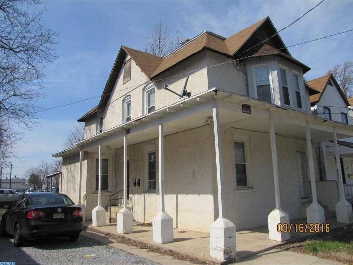 212 N 7th St, Vineland, NJ 08360