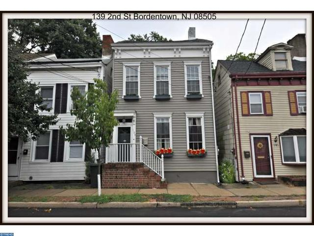139 2nd St, Bordentown, NJ 08505