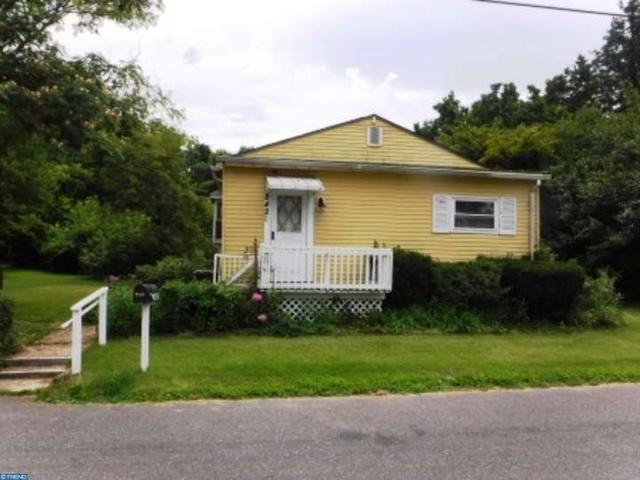 842 Sunrise Ave, Deptford, NJ 08096