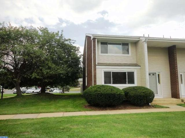 1 Quincy Cir #M, Dayton, NJ 08810