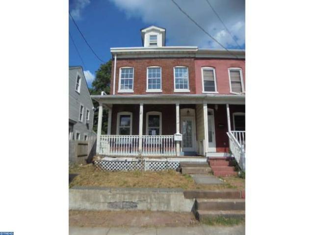 922 Lamberton St, Trenton, NJ 08611