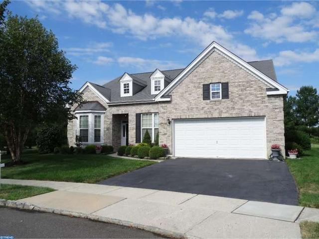 16 Georgetown Ct, Allentown, NJ 08501