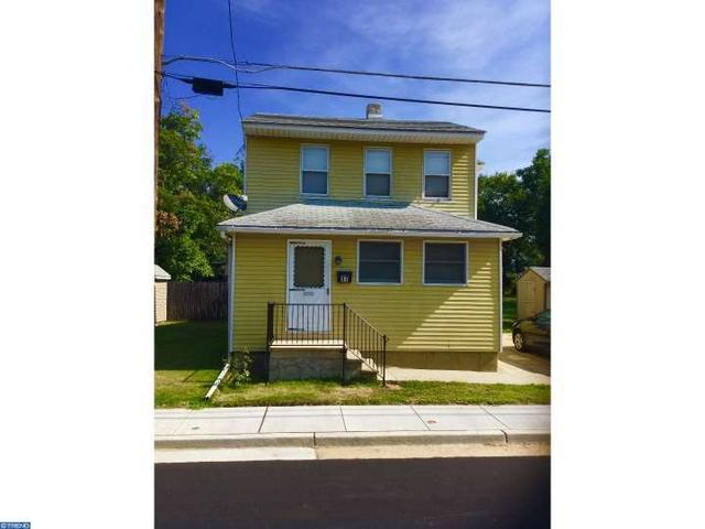 17 Woodbine Ave, Westville, NJ 08093