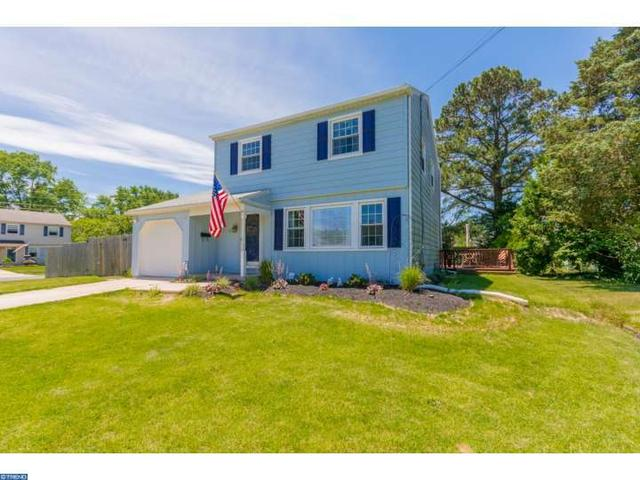 15 Fairmount Dr, Glassboro, NJ 08028