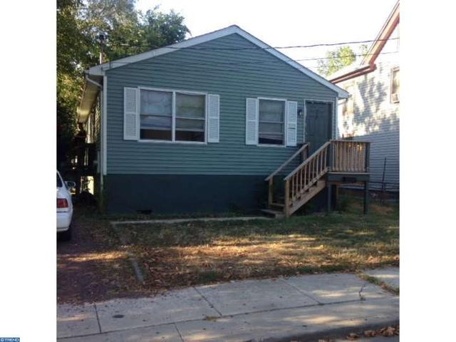2512 E Jefferson St, Paulsboro, NJ 08066