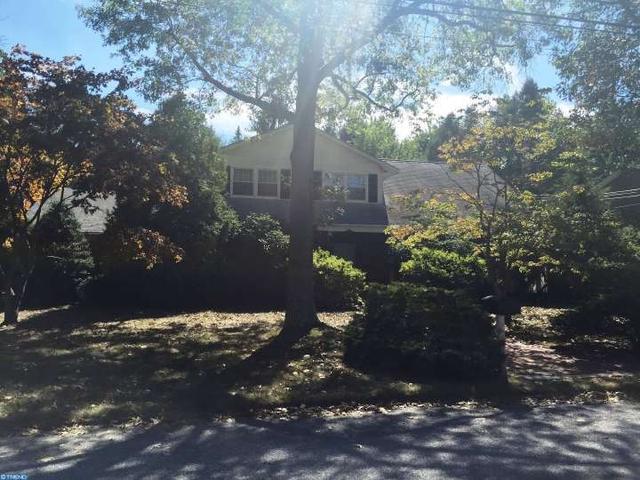 2097 Cottonwood Dr, Vineland, NJ 08361