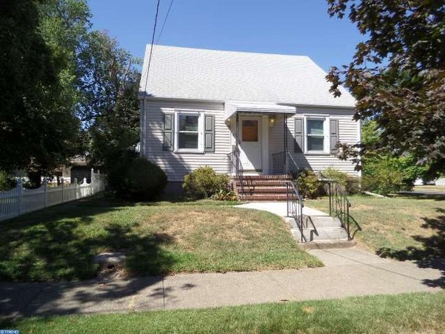 45 Lillian Ave, Hamilton, NJ 08610