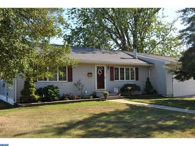 805 W Wood Ave, Somerdale, NJ 08083