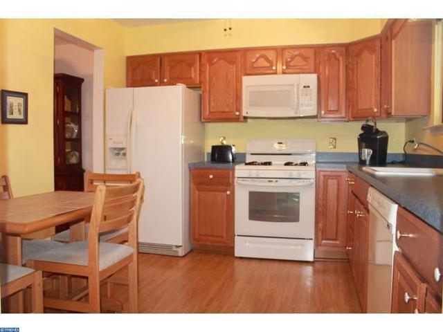 45 Mara Ct, Cherry Hill, NJ 08002