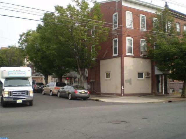 264 Hamilton Ave, Trenton, NJ 08609